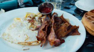 Paleo diet plan - bacon