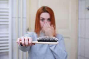Brazilian Seed Side Effects - hair loss