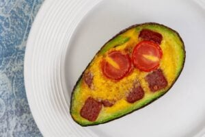 1200 calorie pescetarian meal plan - avocado baked eggs