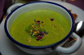 1200 calorie pescetarian meal plan - spinach and cream cheese soup
