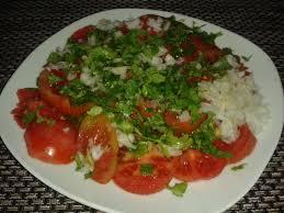 1200 calorie pescetarian meal plan - tomato salad