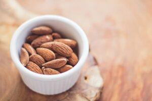 healthy skin diet plan - raw almonds